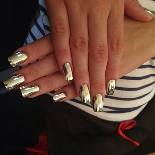 Funky-mirror-Nails