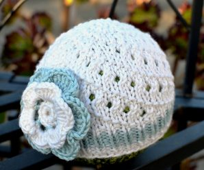 Crochet Flower For a Baby Hat